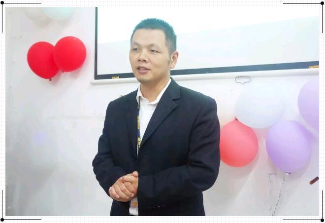 郑州北大青鸟翔天信鸽A302班结业典礼暨二期开业典礼